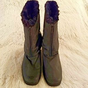 Totes Womens Water Resistant Insulated Boots 576
